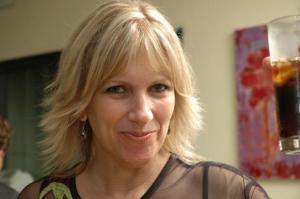אסנת וולף – טווינא ועיסוי תינוקות בתל אביב