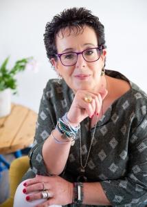 רינת חנוכייב - אימון אישי אונליין ואימון רגשי אינטגרטיבי בחדרה