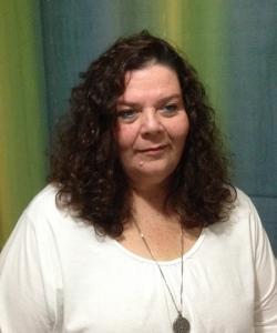 אורית ענבר - מטפלת בכירה ומורה לשיטת איזוון חיים בגן יבנה